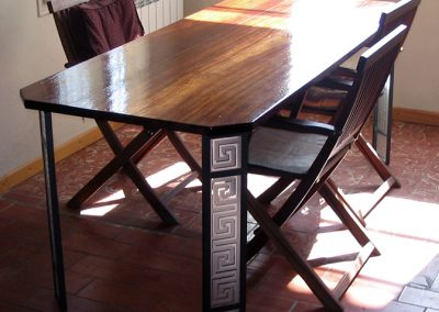 imperium dining table